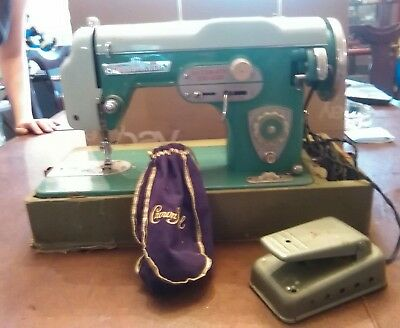 Vintage Dressmaker Deluxe Automatic Zig Zag Precision Japan Sewing Machine (JLN)