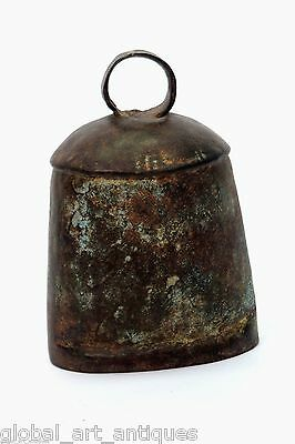 Old Collectible Rustic Vintage Indian Pet Animal Iron Big Bell. G70-71