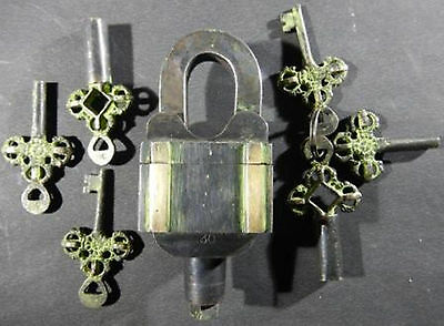 Antique Vintage Style Brass Handcrafted Unique 6 Keys Padlock Working Condition