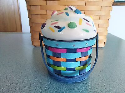 Longaberger 2017 Sidekick basket w/ protector and pottery Cupcake topper lid NEW