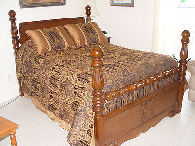 Antique Full Size Bed      Solid Wood