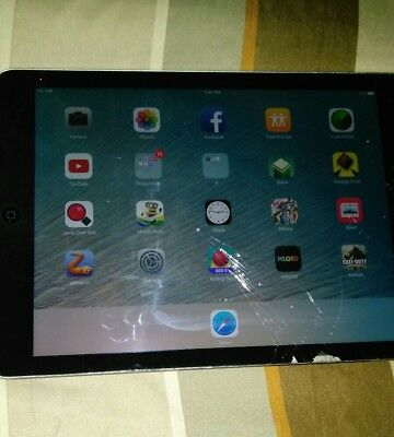ipad air black broken screen