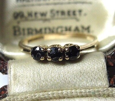 Lovely Vintage 9ct Solid Gold Dark Blue Sapphire Stone Engagement RING N 1/2