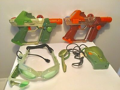 LAZER TAG Team Ops Deluxe 2 Player System - Tiger Electronics