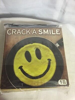 Fred and Friends Crack a Smile Face Silicone Breakfast Mold Eggs Pancakes