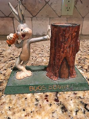 """1940s Moss Metal Mfg.Bugs Bunny Leaning on Tree Trunk Pot Metal Coin Bank 5 3/4"""""""