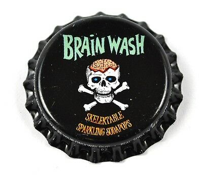 Brain Wash Soda Bier Kronkorken USA Bottle Cap Plastikdichtung Skelett mit Hirn
