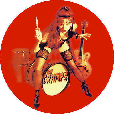 CHAPA/BADGE THE CRAMPS Poison Ivy . pin button lux interior bryan gregory trash
