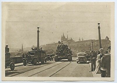 Ww2 1945 Scarce Pt Postcard Russian Tank On Manes Bridge Prague M81
