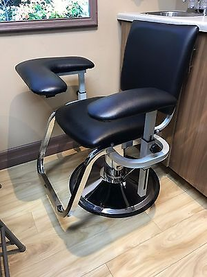 Black Phlebotomy Chair