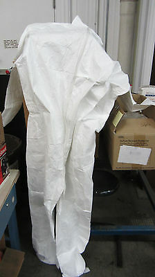 Dupont Tyvek coverall 120S-XX size 2XL XXL zip front NEW box of 21
