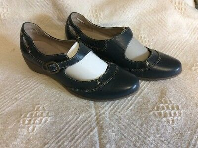 white leather marks spencer footglove shoes