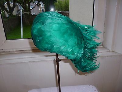 Beautiful Authentic Vintage 1950s 60s Green Feather Hat Wedding Party 21""