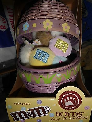 New In Box Boyds M&m Hopplebeary Bear In Basket