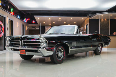 1965 Pontiac Catalina  Frame-Off Restored, Fully Documented, Original Color, V8 w/ Tri-Power, 4-Speed