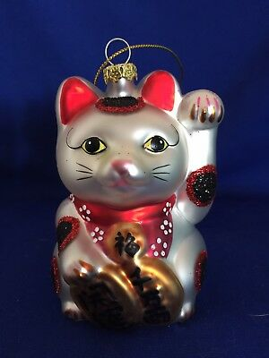 Asian Maneki Neko Luck Cat Ornament