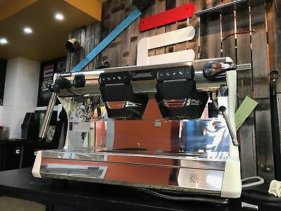 Damaged box - Rancilio Classe 7 E Tall with Isteam 2 grp coffee machine for cafe
