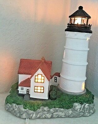 2002 Harbour Lights ,Cape Neddick ME, Lighthouse Light 9 1/2""