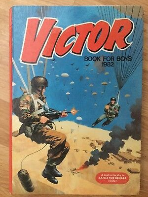 THE VICTOR BOOK FOR BOYS 1982 Annual In Near New Condition FREE UK P&P