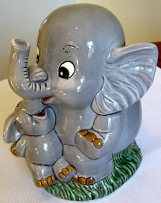 Collectable Retro Vintage Elephant & Baby Money Box Figural Ornament (128)