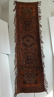 Vintage/antique Colorful Folklore Arts & Crafts Dutch Paisley Runner Bietkleed