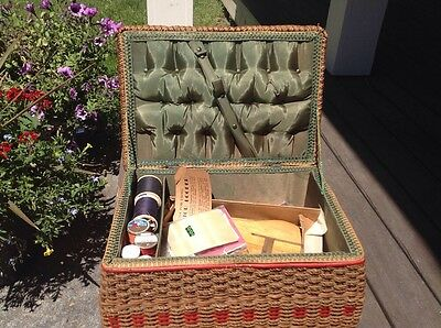 Antique WOVEN WICKER SEWING BASKET w/ Superior Looper Needlepoint Ring Spools ++
