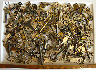 Skeleton & Flat Keys 200+ Lot Antique & Vintage - Wedding Old Wholesale Set Sale