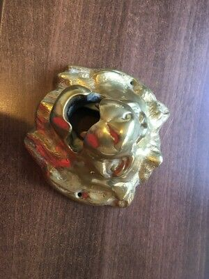VERY HEAVY VINTAGE SOLID BRASS LION HEAD. WEIGHS OVER 2kg! 16x15cm. LOOK!