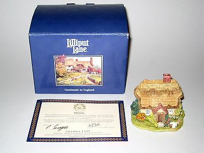 Lilliput Lane - Wash Day - Tiny House - Handmade In England - Number 866