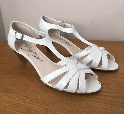 marks and spencer white and taupe sandals size 5 5 163 4 00