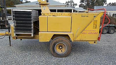 "Vermeer wood chipper BC1800 turbo 18 "" auto feed"