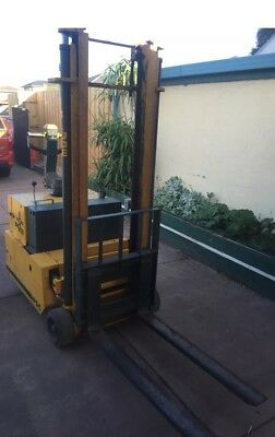 Electric Forklift, 1T, 3m, Big Joe, New Batteries, Built in Charger