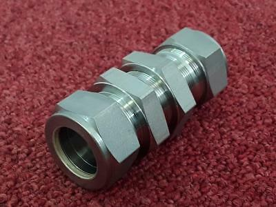 Swagelok Stainless Hydraulic Fitting SS-25MO-61 25mm Bulkhead *