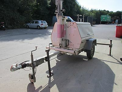 Mobile telescopic mast light tower / flood lighting with generator trailer