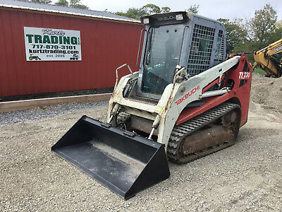 2010 Takeuchi TL230 Tracked Skid Steer Loader w/ Cab!