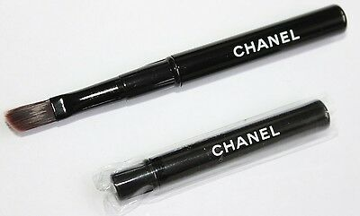 1 Pinceau Neuf Chanel Refermable Yeux Ou Lèvres