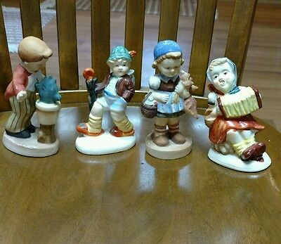Vintage Lot Of 4 Figurines Made In Japan 2 Girls 2 Boys