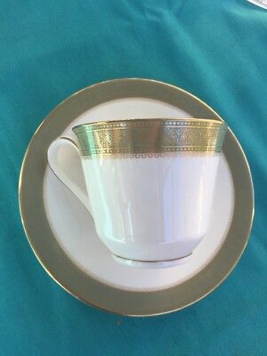 Royal Doulton Belvedere H5001 / Tea Cup And Saucer Set