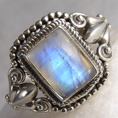 Filigree Feature Size US 7.25 SilverSari Gem Ring Solid 925 Stg Silver MOONSTONE