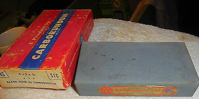 VINTAGE CARBORUNDUM 118S RAZOR HONE SHARPENING STONE W BOX,knife,tool,sharpener