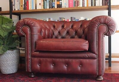 Chesterfield Tub Lounge