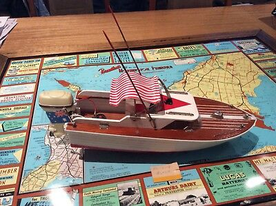 Vintage Japanese Model Boat-With Outboard Motor Complete $13.80 Postage In Oz