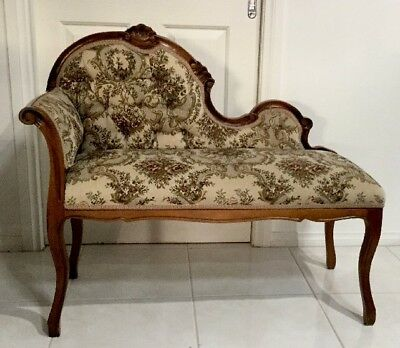 Beautiful French Reproduction Antique Love Seat Chaise  Excellent Condition