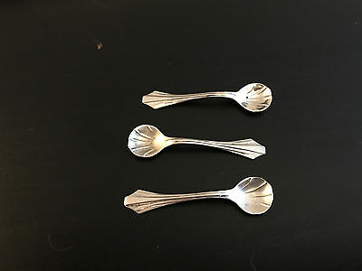 Three Antique Webster Sterling Silver Scallop Shell Salt Spoons Art Nouveau