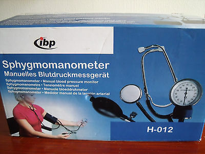 IBP Sphygmomanometer H-012 Manual Blood Pressure Monitor in good condition