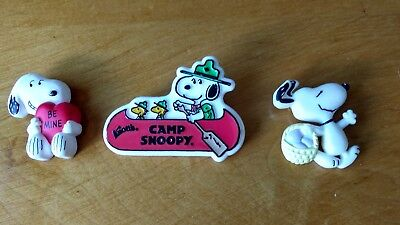 """Lot of """"3"""" Vintage SNOOPY pins"""