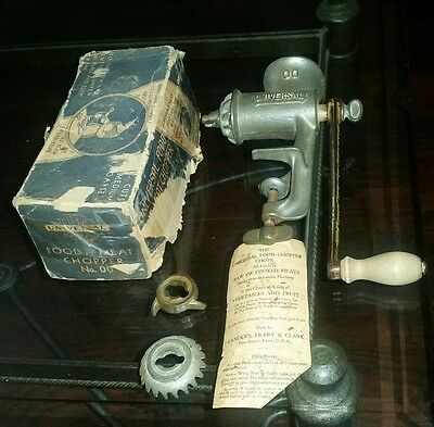 Universal Food & Meat Chopper No.00  In Original Box Vintage and INSTRUCTIONS