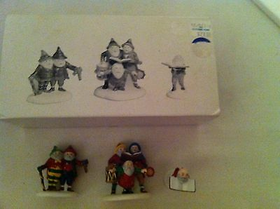 Department 56 Heritage Village Series- Sing a Song for Santa in original box