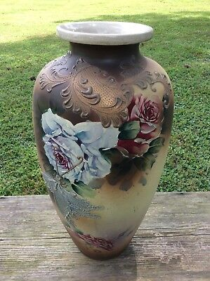Large Japanese Moriage Vase With Flowers