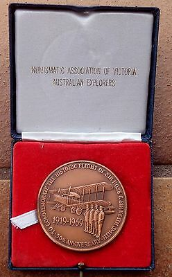 HISTORIC FLIGHT SIR ROSS & SIR KEITH SMITH AUSTRALIA to ENGLAND CASED MEDAL
